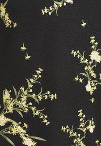Ted Baker - IRENNEE - Print T-shirt - black - 5