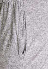 Pier One - 3 PACK - Pantaloni del pigiama - dark blue /mottled dark grey/dark green - 5