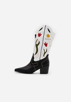 VLADA TOP UP - Cowboy/Biker boots - multicolor