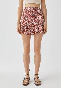 PULL&BEAR - MIT BLUMENPRINT - A-line skirt - light brown - 3