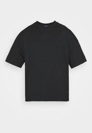 BOXY  - T-shirt - bas - black