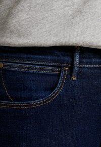 Wrangler - HIGH RISE - Jeans Skinny - night blue - 5
