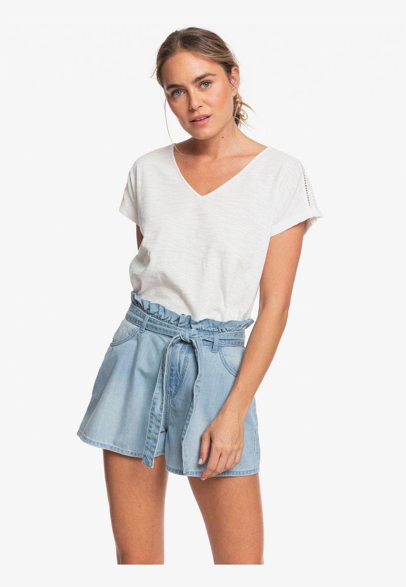 Roxy - SALENTO PLAYA - Denim shorts - light blue