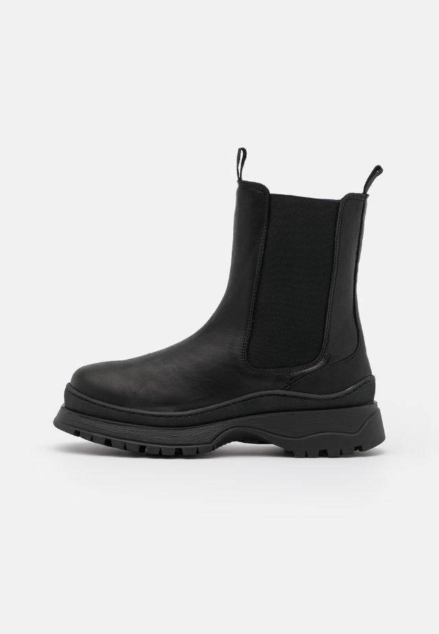 SLFLUCY - Platform ankle boots - black