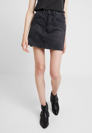PEARL SKIRT - Spódnica trapezowa - washed black