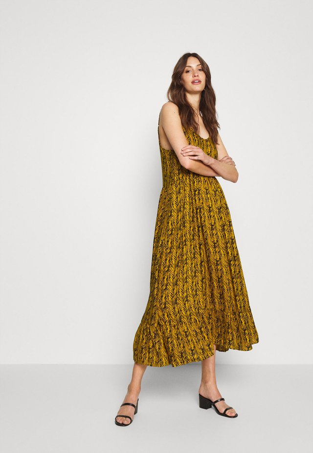 NMBEAGLE CALF DRESS  - Maxi dress - yellow