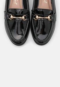 New Look - JUMPSEAT LOAFER - Mocassins - black - 5