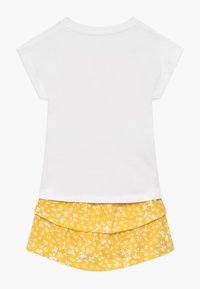 Name it - ROCK T-SHIRT UND - Jupe trapèze - bright white - 1
