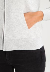 GAP - Bluza rozpinana - light heather grey - 4