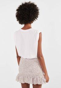 Bershka - MIT GLITZER  - A-line skirt - pink - 2