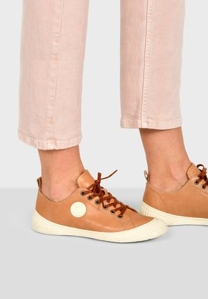 ROCK F2G - Trainers - camel