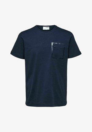 INTERLOCK - Printtipaita - navy blazer