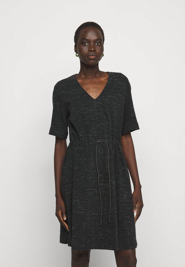 DAMERINO - Gebreide jurk - black