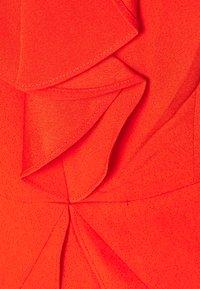 BCBGMAXAZRIA - EVE SHORT DRESS - Denní šaty - open orange - 2