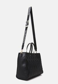 Valentino Bags - PEPA - Tote bag - nero - 1