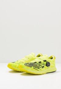 New Balance - 1500 V6 BOA - Zapatillas de competición - yellow - 2