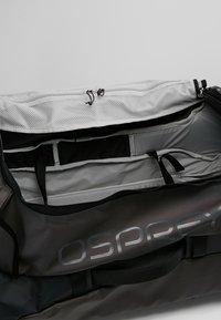 Osprey - ROLLING TRANSPORTER - Wheeled suitcase - black - 6