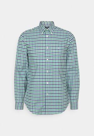 LONG SLEEVE SHIRT - Formal shirt - green