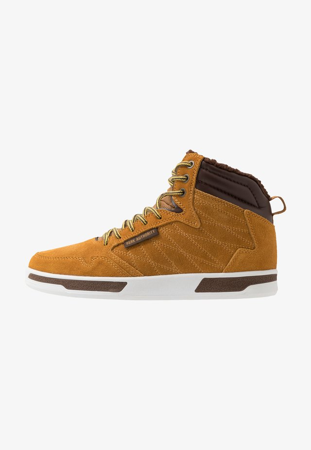 H1TOP - High-top trainers - barley