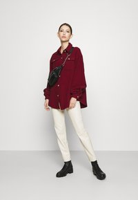Missguided - DOGTOOTH OVERSIZED SHACKET - Button-down blouse - red - 1