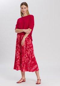 Marc Aurel - A-line skirt - red varied - 1