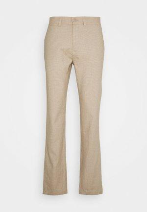 CHUCK REGULAR PANT - Trousers - beige