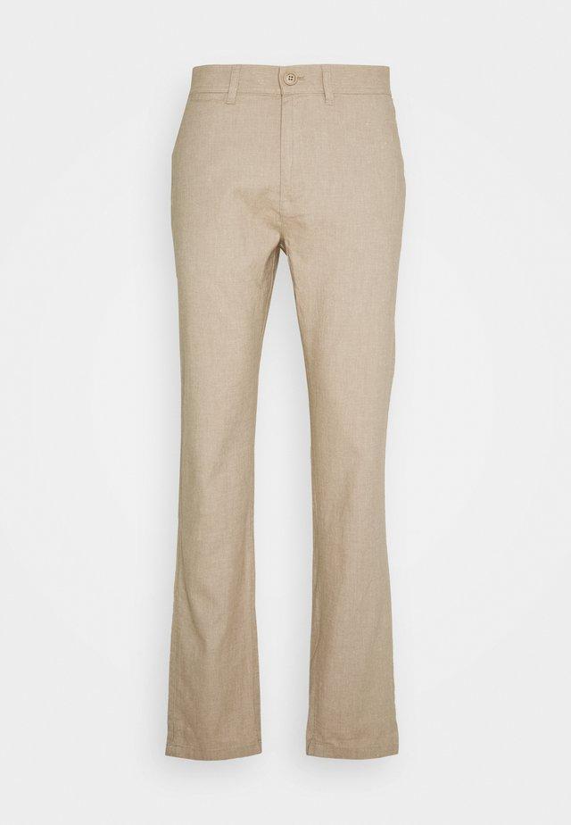 CHUCK REGULAR PANT - Pantalon classique - beige
