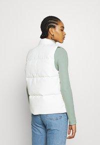 Carhartt WIP - BROOKE VEST - Waistcoat - off-white - 2