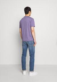 Tiger of Sweden - OLAF - T-shirt basique - purple air - 2