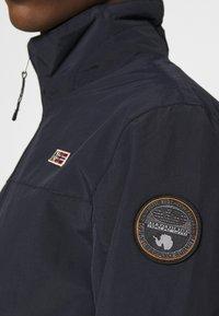 Napapijri - SHELTER - Tunn jacka - blu marine - 5