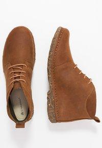 El Naturalista - ANGKOR - Ankle boots - pleasant wood - 3