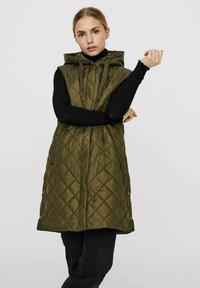 Vero Moda - Waistcoat - ivy green - 0
