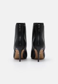 Buffalo - MALLORY - Classic ankle boots - black - 3