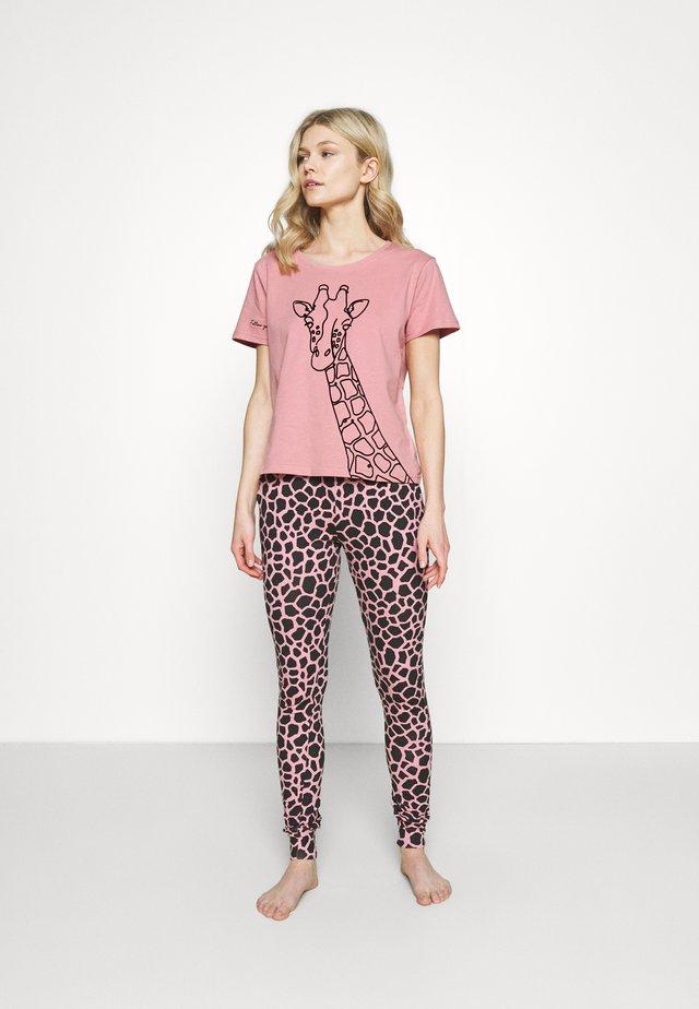 FLOCKED GIRAFFE TEE SET - Pigiama - dusky pink