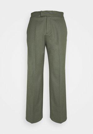 PARKER TUXEDO TROUSERS - Pantalon classique - olive