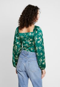 Missguided - FLORAL MILKMAID BODYSUIT - Blus - green - 2