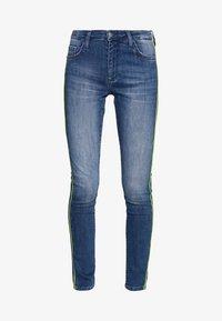 Rich & Royal - MIDI NEON PIPING - Slim fit jeans - denim blue - 3