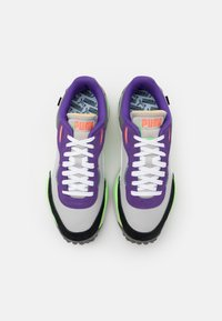 Puma - STYLE RIDER PLAY ON UNISEX - Trainers - gray violet/white - 3