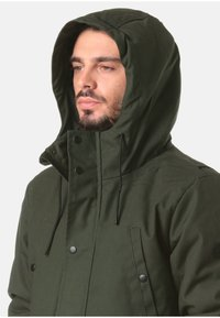 REVOLUTION - Parka - green - 3