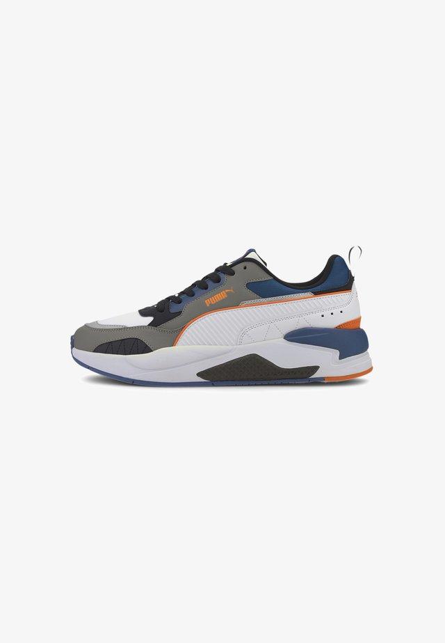 Sneakers laag - white-gray-orange-limoges