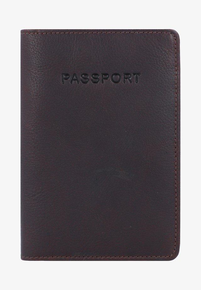 ANTIQUE - Passport holder - brown