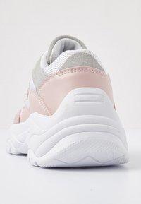 British Knights - GALAXY - Trainers - soft pink/white - 4