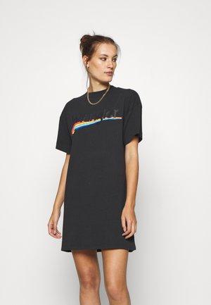 TEE DRESS - Žerzejové šaty - faded black