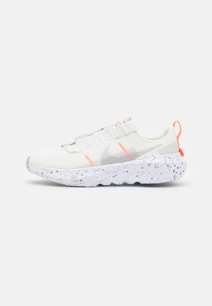 NIKE CRATER IMPACT - Trainers - summit white/grey fog/platinum tint/photon dust/white/hyper crimson
