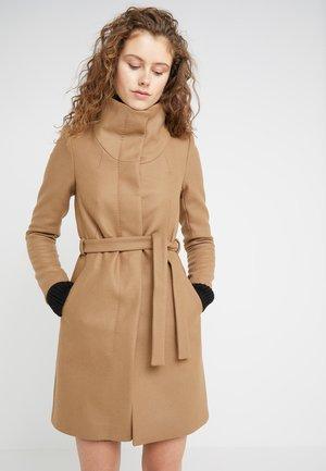 CAVERS - Classic coat - beige