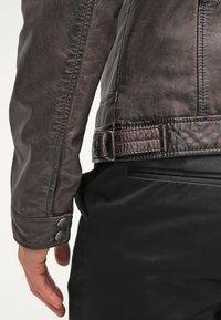 Oakwood - CASEY  - Kožená bunda - dark brown - 5
