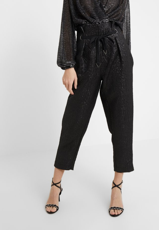 WILSON PAPERBAG PANT - Trousers - jet