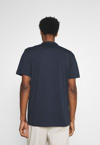 Selected Homme - SLHRELAXVISTA - T-shirt med print - sky captain - 2