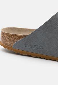 Birkenstock - ARIZONA BF - Pantofole - gray - 5