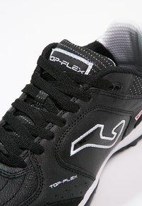Joma - TOP FLEX TURF - Voetbalschoenen voor kunstgras - black - 5